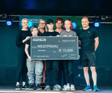Westpro4U lahjoitti 20 000 € Nastolan nuorille